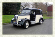 1960 Beardsmore MK 7 Wedding Taxi in Black over Ivory