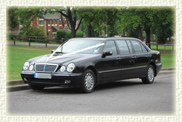 7 passenger E Class stretch Mercedes Limousines in Black