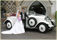 VINTAGE WEDDING VEHICLE HIRE - CLICK HERE
